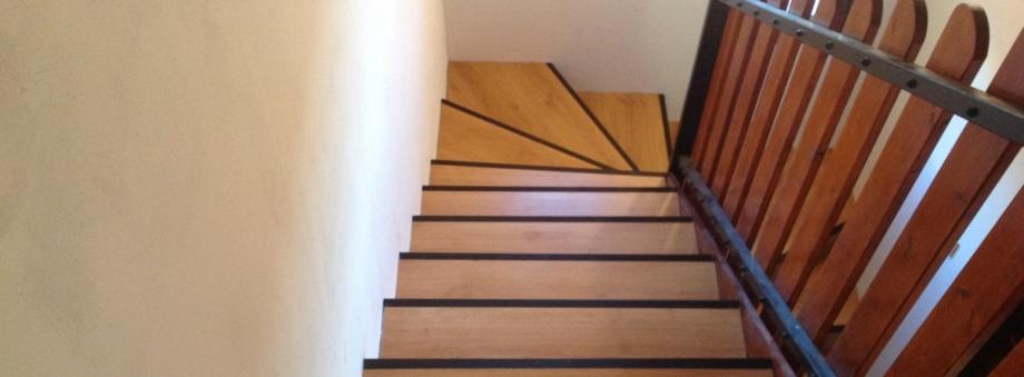 renov 39 habitat provence escaliers. Black Bedroom Furniture Sets. Home Design Ideas